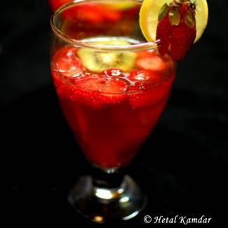 strawberry-sangria