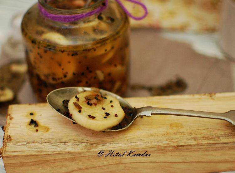 sweet-and-tangy-turnip-pickle