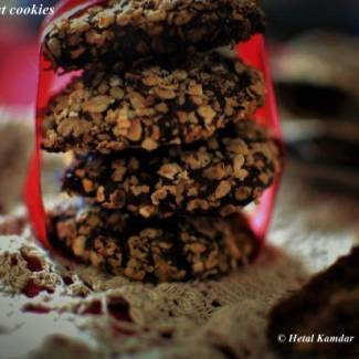 chocolate-oat-cookies