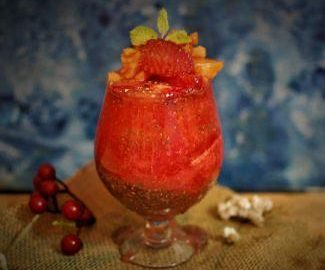 strawberry-papaya-chia-seeds-smoothie