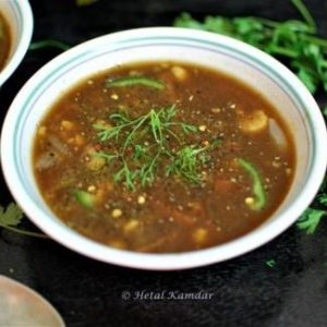 restaurant-style-hot-and-sour-vegetable-soup