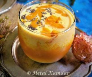 Peach-Mango-Oatmeal -Smoothie