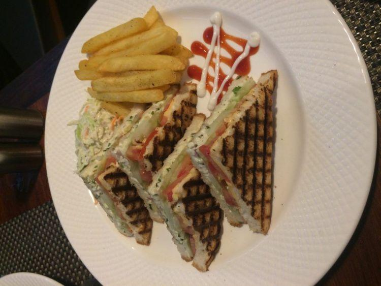 Club-sandwich-Dilliwala
