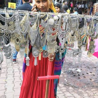 Tips and tricks to shop at Sarojini Nagar Market, Delhi