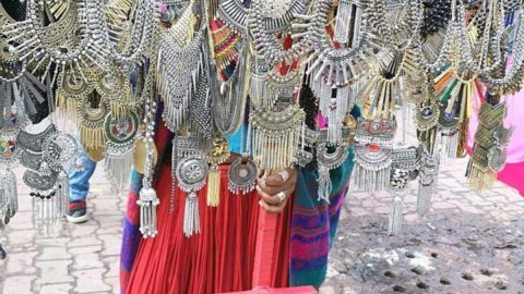 Shopping at Saroji Nagar Market/ tips and tricks to shop at sarojini nagar market, delhi