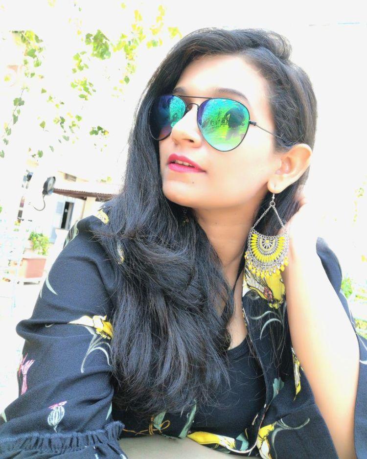 shopping on a budget in dellhi /Boho Earrings at Janpath /  shopping haul of janpath market