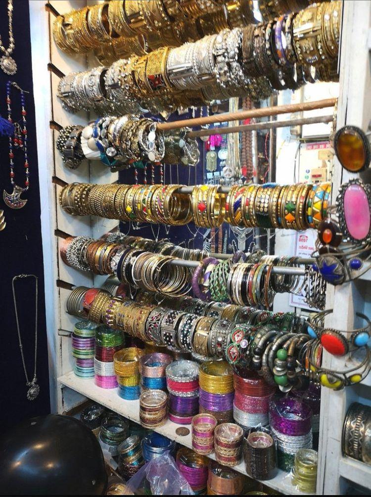 Bangles at Janpat Market