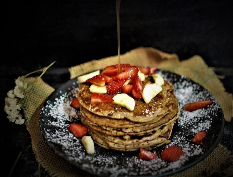 Eggless wholewheat Banana Pancake