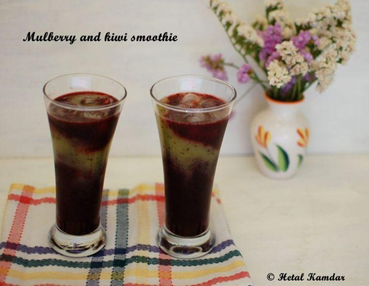 fresh-mulberry-and-kiwi-smoothie