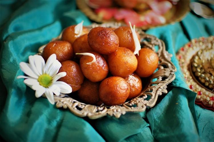Gulab Jamun Recipe | Delicious Indian Sweet gulab jamun recipe