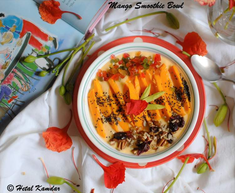mango-and-oats-smoothie-bowl-