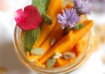 Overnight Oats With Mangoes