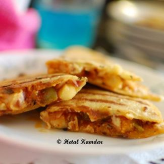 quesadilla-with-bell-pepper