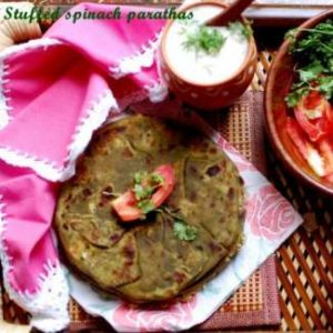 stuffed-spinach-paratha