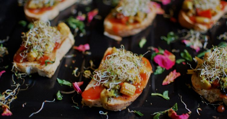 vegan-bruschetta