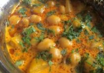 Vegan Pumpkin and Chickpea Curry