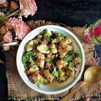 vrat-wale-aloo-peanut-ki-subzi-navratri-fasting-recipe