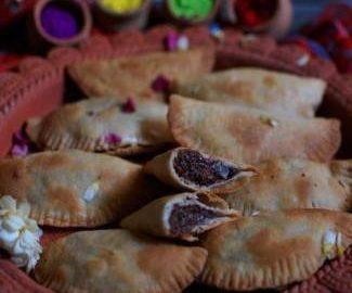 baked-nutella-and-mawa-gujjiyas