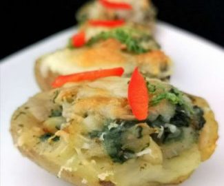 Baked Potatoes with Spinach and Cheese| Baked Potatoes Recipe
