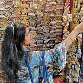 Colaba Causeway Shopping Tips and Tricks
