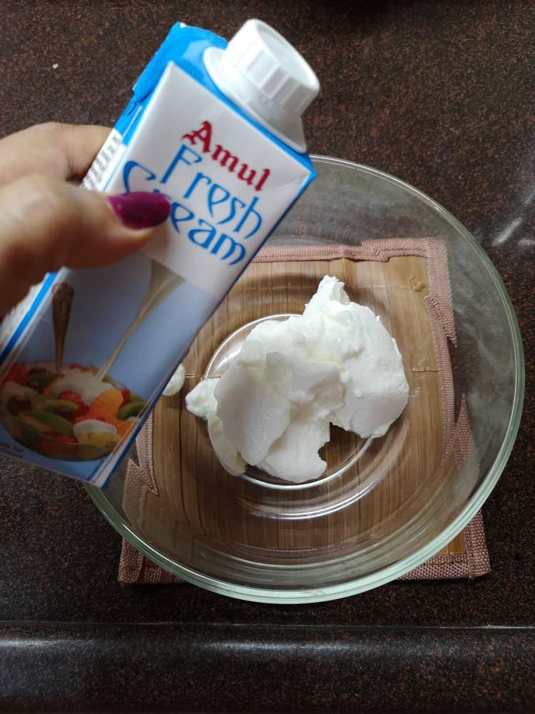adding fresh cream for fruit cream recipe | Fruit cream recipe