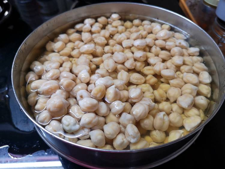 recipe of roasted beetroot hummus /recipe of hummus