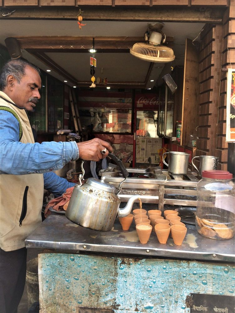 the ultimate banaras food guide, food culture of Varanasi, chai in kulhad