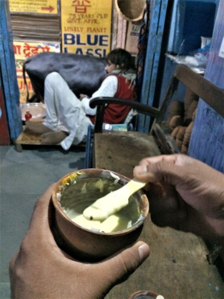 banaras food blog/ food culture of varanasi / stthe ultimate banaras food guide, food culture of Varanasireet food in varanasi/ best places to eat food on varanasi / food guide in varanasi /popular street food in varanasi