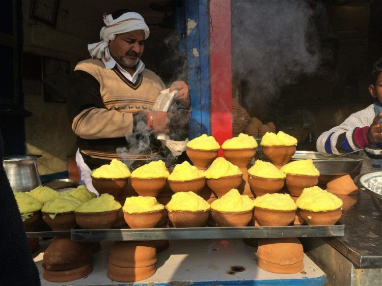 the ultimate banaras food guide, food culture of Varanasi, malaiyo in banaras
