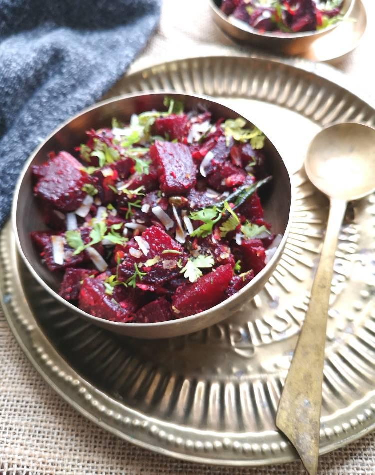 beetroot stir-fry recipe / Recipe of Beetroot Thoran / Kerala style Beetroot Sabzi / Beetroot Upperi recipe /