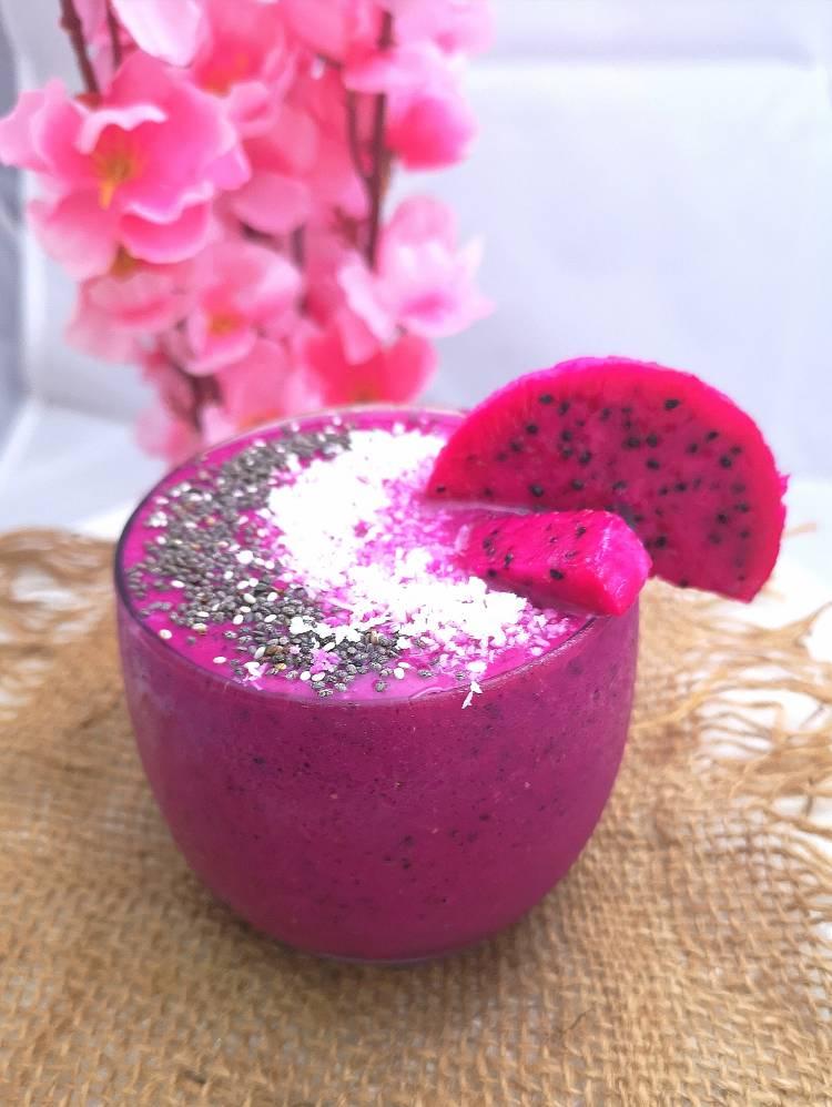 Dragon Fruit Smoothie recipe / COVID fighting Dragon Fruit / recipe of dragon fruit smoothie