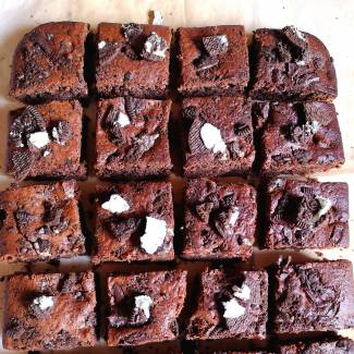 Eggless Oreo Brownies