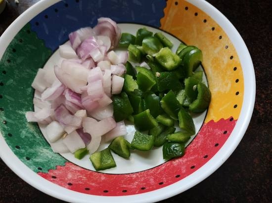 Onion and Capsicum for Mix Veg Recipe, mix veg curry recipe