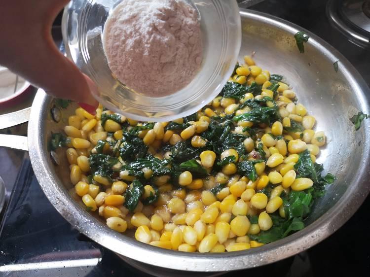 spinach-corn-sandwich