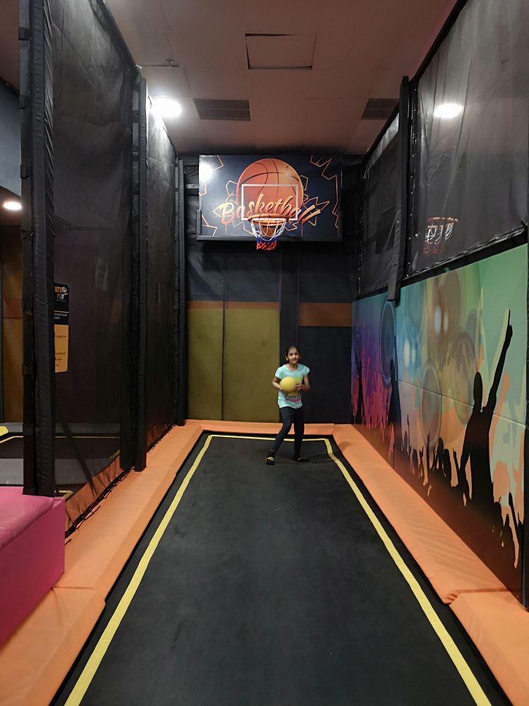 Let's Play Indoor Trampoline Park