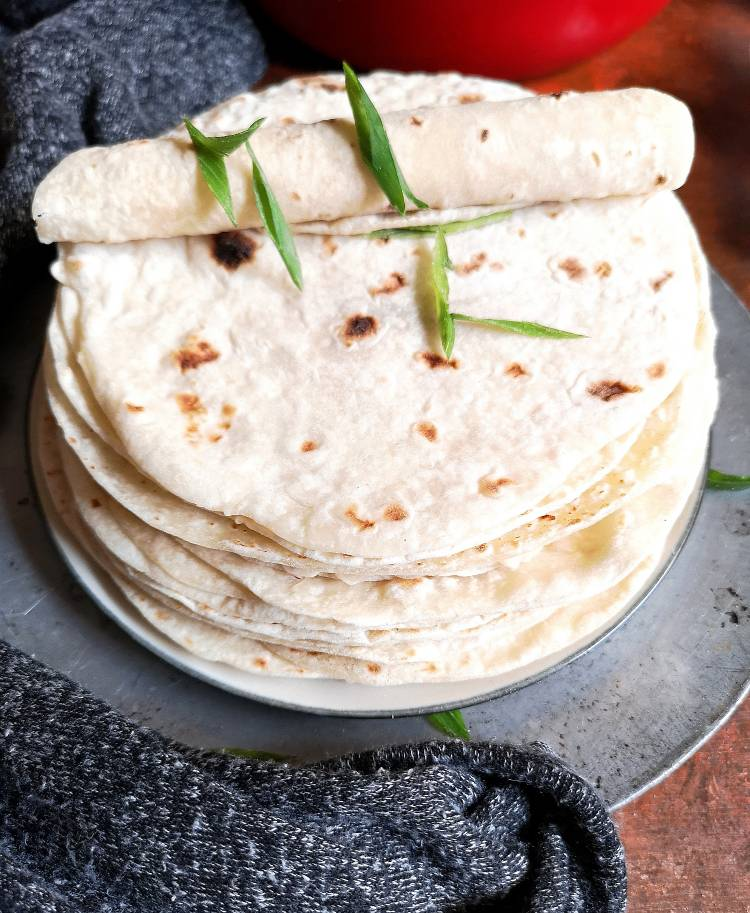 close up look of Mexican Flour Tortilla Recipe | Flour Tortillas