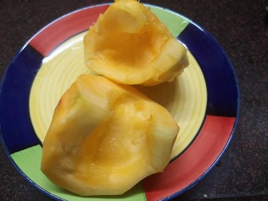 peeling pumpkin for pumpkin kheer | kaddu ki kheer