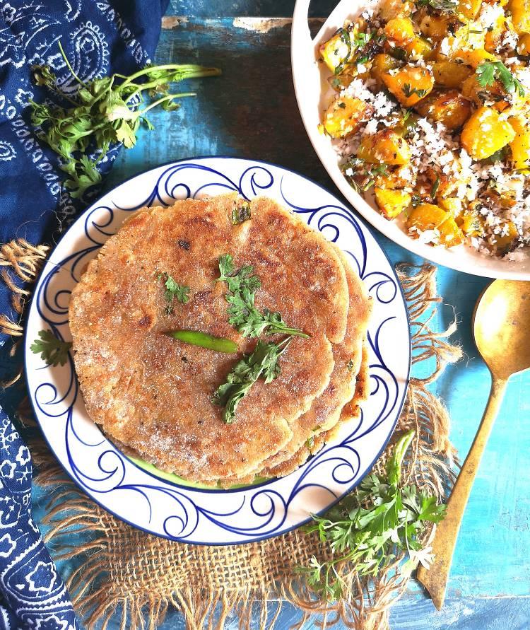 close up view of rajgira paratha recipe | navratri recipes