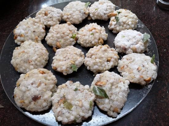 sabudna tikkis ready to fry, how to make sabudna tikkis