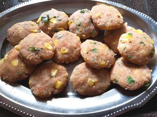 Recipe of Sweet Corn tikkis | Sweet Corn Pattice Recipe
