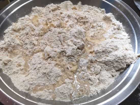 adding cold water to galette dough, how to make a galette dough
