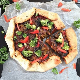 Broccoli and Red Bell Pepper Galette