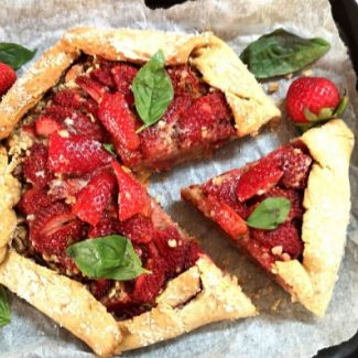 Strawberry Oats Crumble Galette