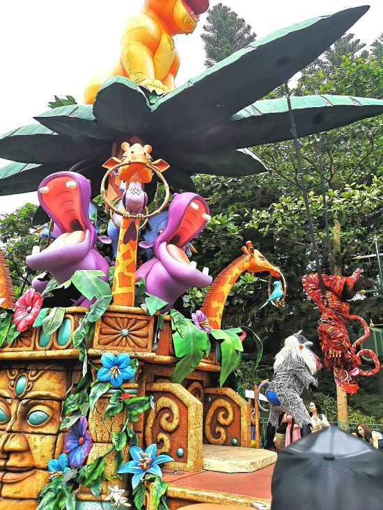 Mickey's Halloween Street Party at Hong Kong Disneyland, disneyland travel post