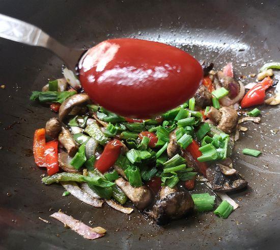 how to make Indo Chinese Mushroom Rice