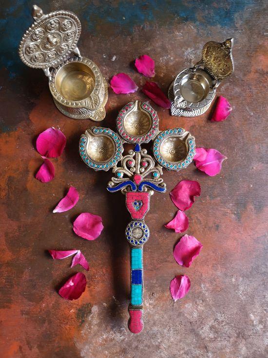 Spiritual Vibes With Tokenz Brass Diyas