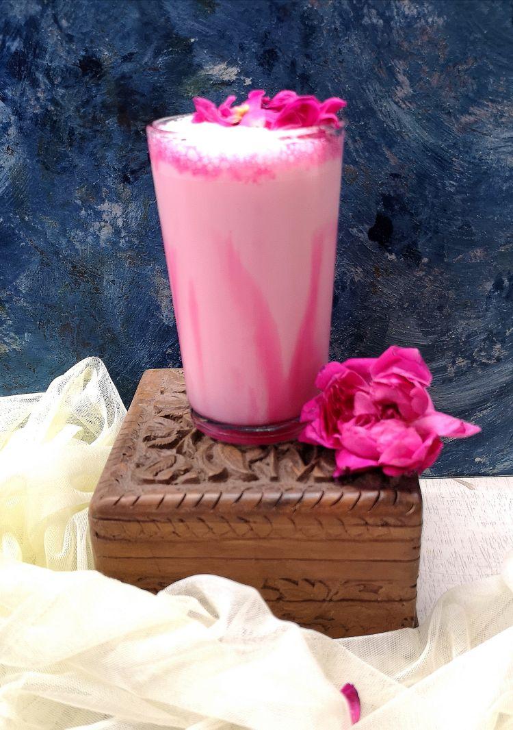 Rose Milkshake Recipe