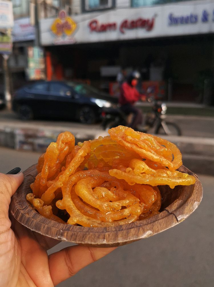 Foodies guide in Lucknow, Where to eat in Lucknow, Ram Asrey in Lucknow