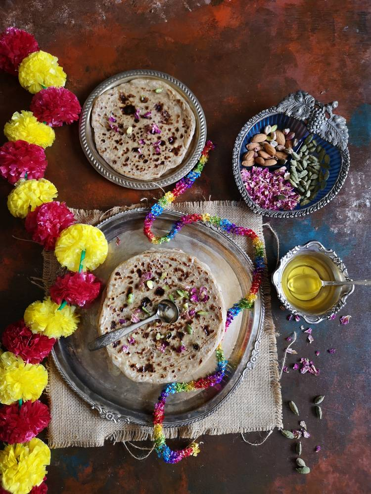 Puran Poli Recipe, Gujarati Puran Poli, Easy Recipe of Puran Poli