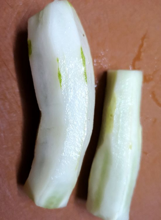 peeled and washed cucumbers, how to make watermelon cucumber salad